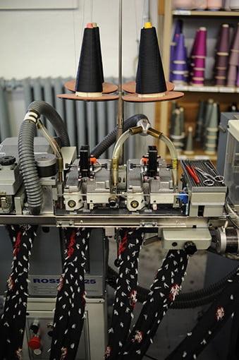 https://www.marques-de-france.fr/wp-content/uploads/2019/03/Manufacture-perrin_manufacture-usine.jpg