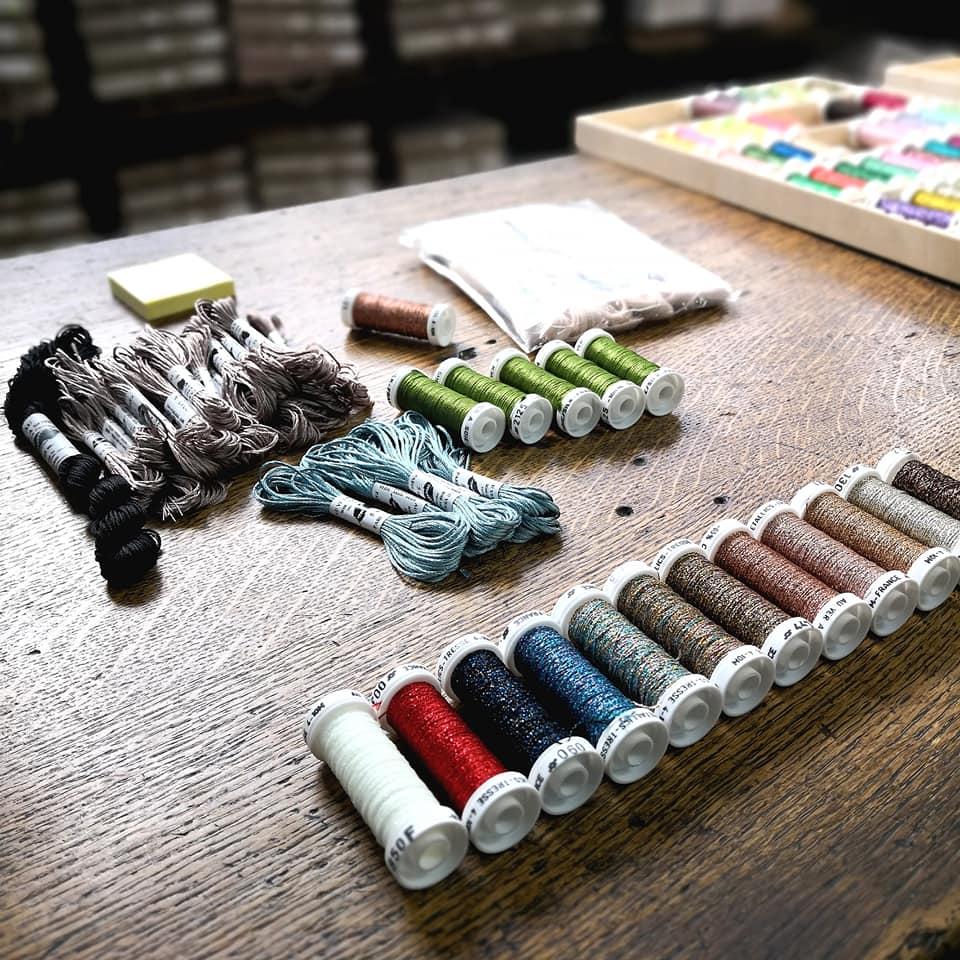 https://www.marques-de-france.fr/wp-content/uploads/2019/04/Sara-Bartko_atelier.jpg