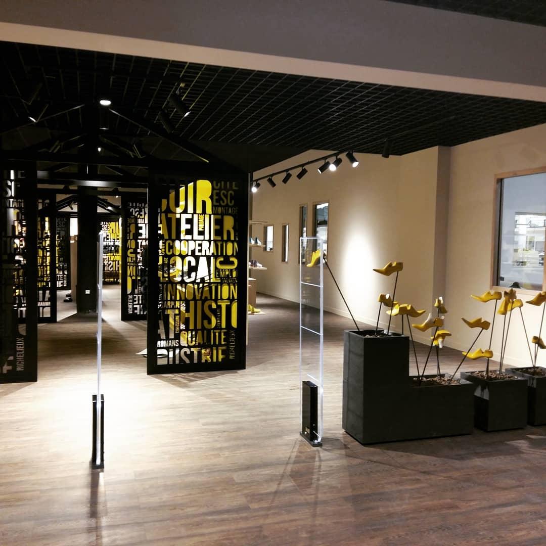 https://www.marques-de-france.fr/wp-content/uploads/2019/05/Cité-de-la-chaussureç_Romans-2.jpg